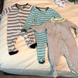 Infant footie pajamas